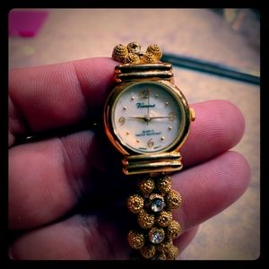 Vienna ladies watch mother of pearl face